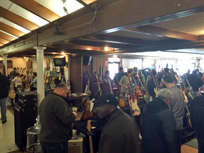 Metro West MA Guitar Show & Swap Meet - Marlborough, MA - (2015)